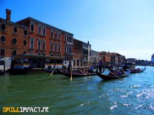 Gondoles-de-Venise