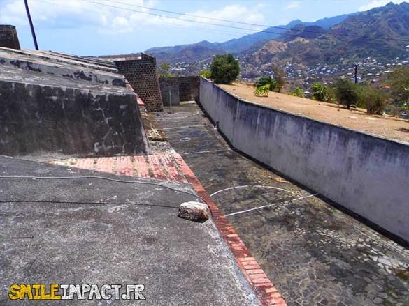 Terrain de Basket-ball destiné aux anciennes détenues de la prison