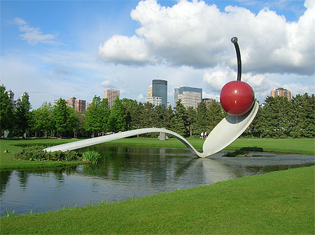 Spoonbridge and Cherry - La fameuse Spoonbridge and Cherry qui se trouve au sculpture garden de Minneapolis! États-Unis